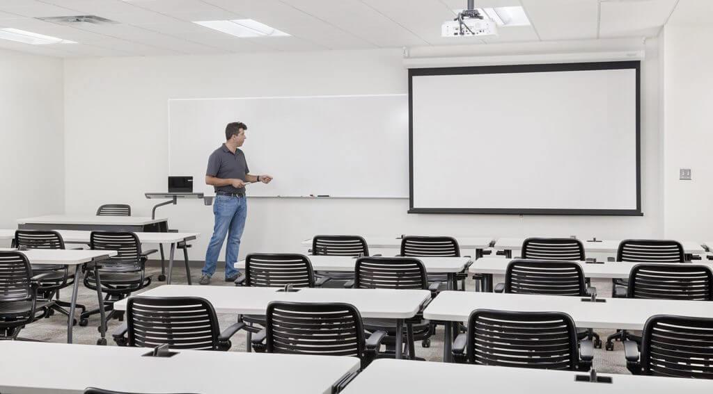 MCHE-145-Classroom-143-v1