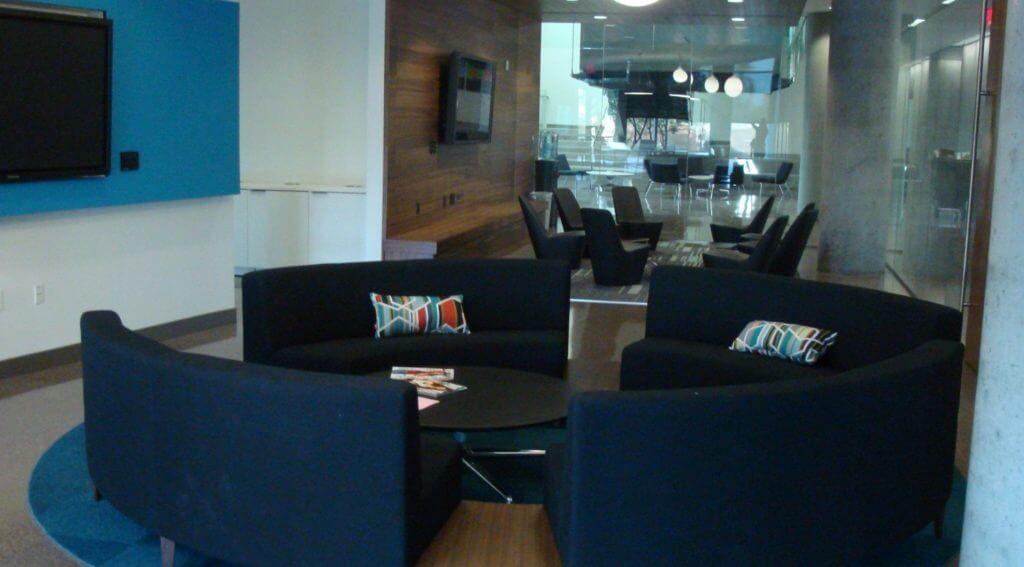 University-of-Arizona-Health-Sciences-Building-Lounge-Area-e1457709138633